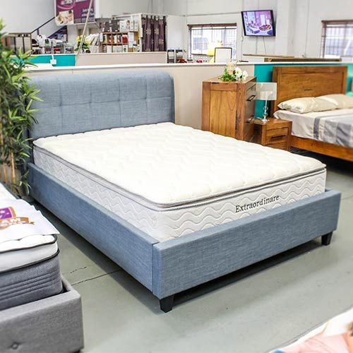 extraordinaire-mattress-on-bedframe