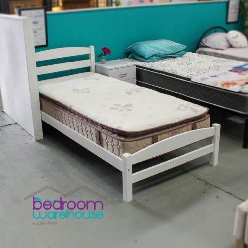osteo-sleep-mattress-single-bed-size-on-display