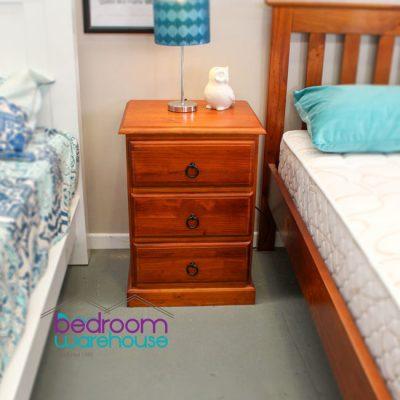 thomas-bedside-table-on-display